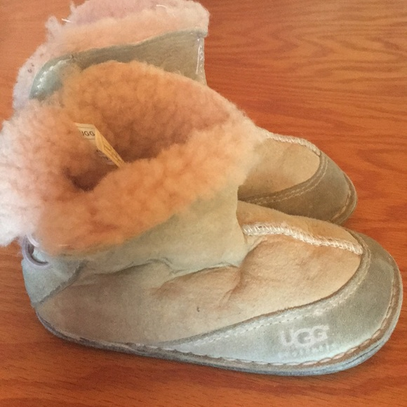 2f383d8294b Pink UGG slip-on genuine leather sheepskin booties